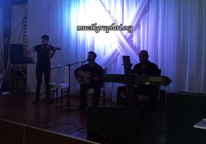 müzisyen grubu ile düğün