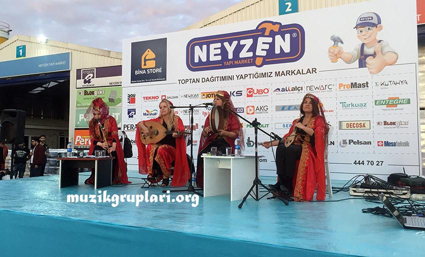 bayan müzisyen grubu etkinliği